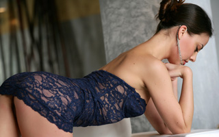 Beautiful Hilo escorts from DreamGirlsHawaii